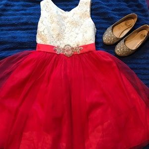 Other - Dress size 6 (girls)